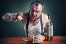 Как должна вести себя жена, если муж пьет?