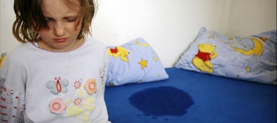Энурез у ребенка: причины и лечение