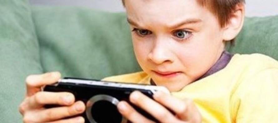 Игромания у ребенка: что это и как с ней бороться?