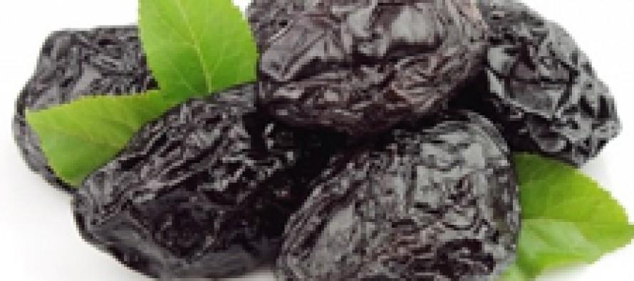 Чернослив защищает от остеопороза