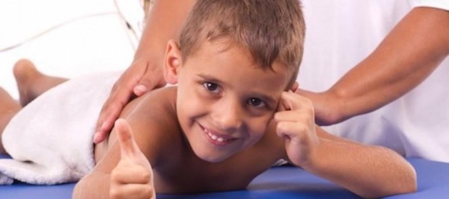 Должно ли быть больно ребенку во время массажа?