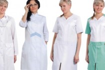 Как медсестре выглядеть модно в белой униформе?