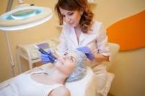 Медсестрам запретят самостоятельно оказывать косметические медуслуги
