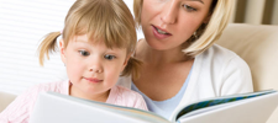 Педиатры: Читайте ребенку вслух каждый день, начиная с рождения