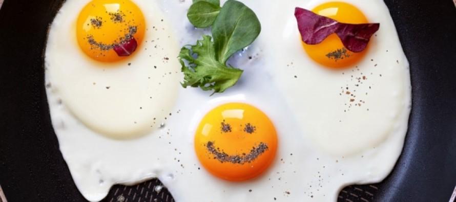 Регулярное употребление яиц спасает зрение
