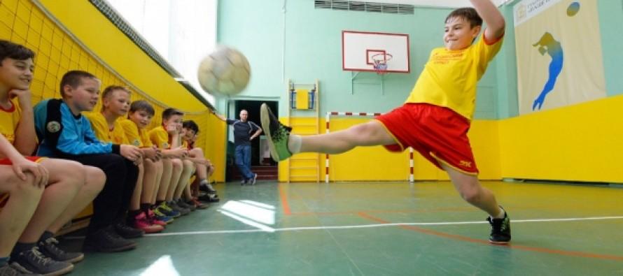 В российских школах могут по-новому допускать детей на физкультуру