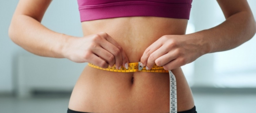 Эксперт оценила исследование о пользе жвачки для похудения
