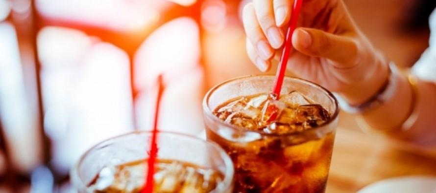 Ученые рассказали о влиянии диетической колы на ожирение