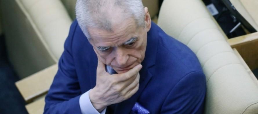 """Онищенко назвал полезным """"жить чуть-чуть впроголодь"""""""