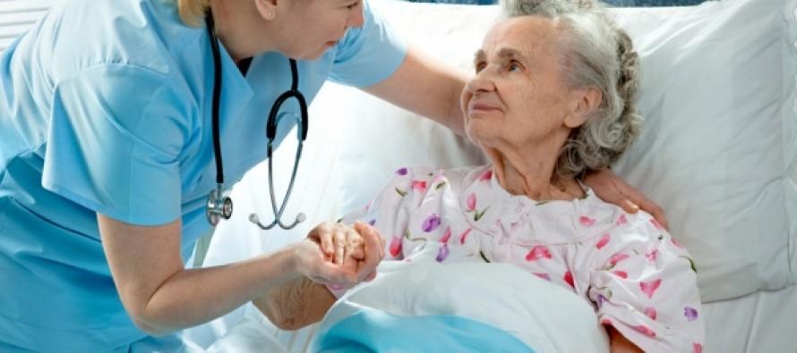 Гериатры подготовили программу по предотвращению травм у пожилых